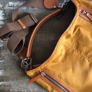 Sazaby nylon shoulder bag with leather handle